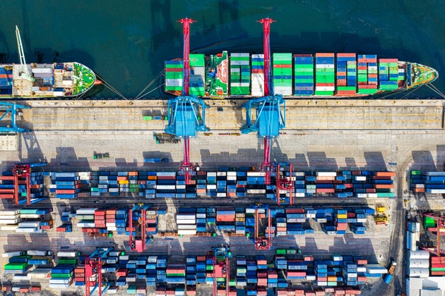 Sea container dock - MSE-Logistics